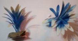 Plastova rostlina na kameni  vel.0 Modrá - zvìtšit obrázek